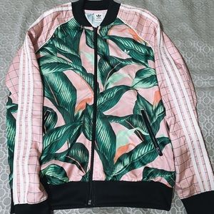 Adidas palm leaf pattern zip up jacket🌿